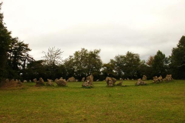 The King's Men stone circle at Rollright Stones (Photo by Midnightblueowl/Wikimedia Commons)