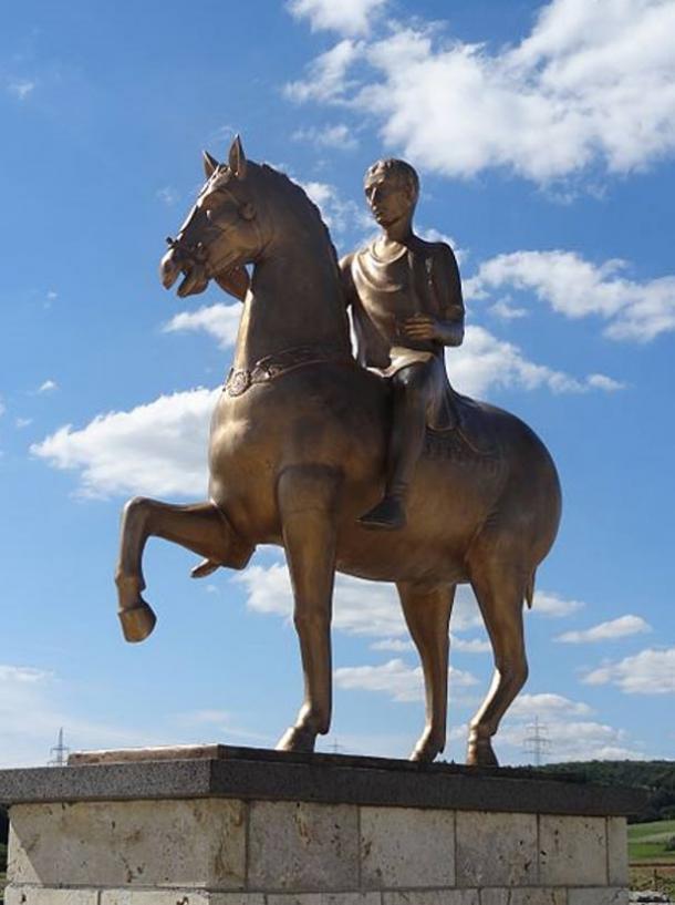 Replica statue of Statue of the Roman Emperor Augustus in the forum of Waldgirmes in Hesse, Germany.