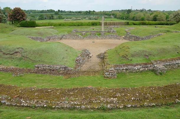 Roman Theatre at Verulamium excavated by Kathleen Kenyon (CC BY-SA 2.0)