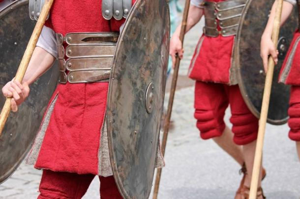 Roman foot soldiers, carrying javelins, on the march