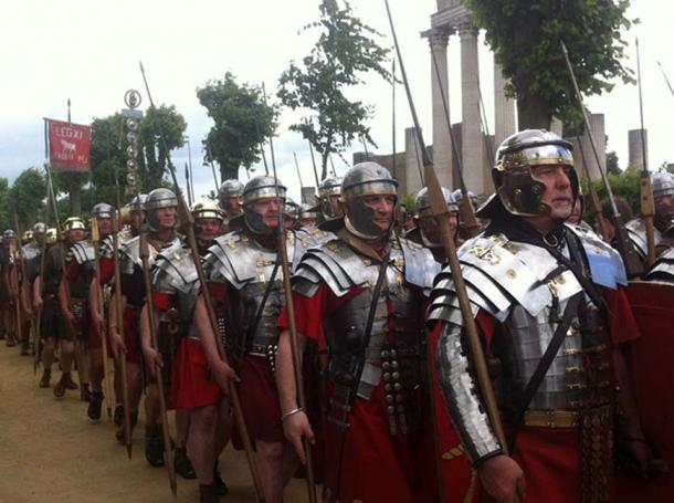 A modern representation of Roman soldiers. (CC0)