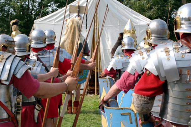 Romans at marching camp getting ready for battle. (Ludovic LAN / Adobe)
