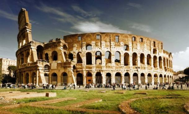An advanced concrete recipe allowed the Romans to construct magnificent structures that no builder would dare to attempt today. Source: BigStockPhoto