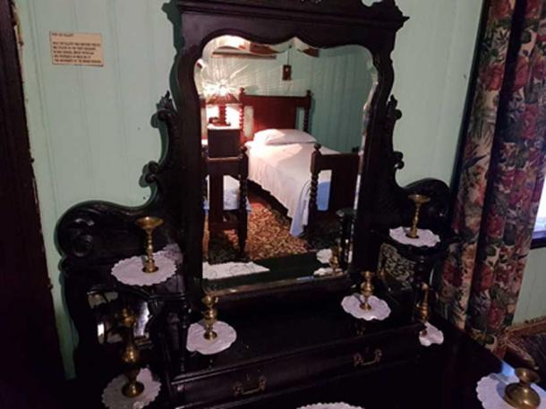 Royal guests slept in this bedroom