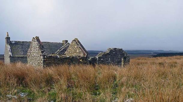 Ruins of Badharigo farmstead, Osclay, Caithness. (Claire Pegrum/CC BY SA 2.0)