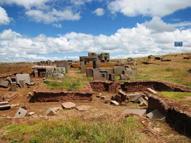 Ruins of Puma Punku (CC BY-SA 3.0)