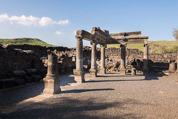 Ruins of an ancient synagogue at Chorazin. (Lev.Tsimbler/CC BY SA 4.0)