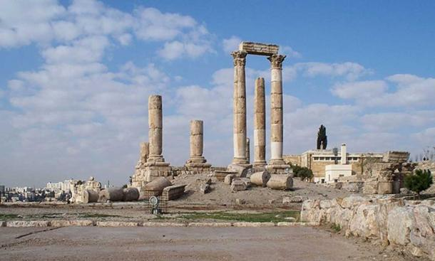 Ruins of the Temple of Hercules in Amman