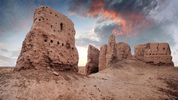 Ruins of ancient Ayaz-Kala Fortress (Konstantin / Adobe Stock)
