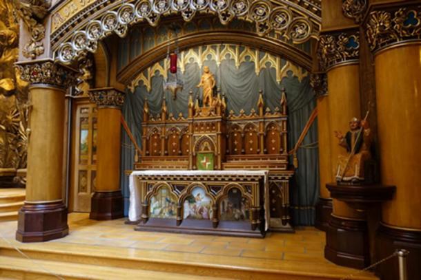 Sacred Heart Chapel, Notre-Dame Basilica (Vellut, G/CC BY-SA 2.0)