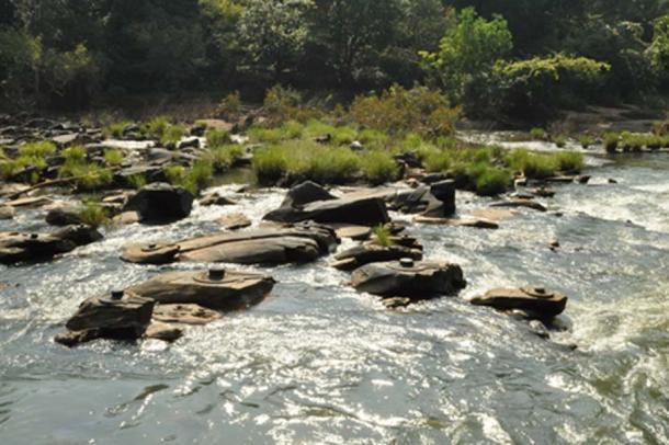 "Sahasralinga (""place of 1000 lingams"") in Karnataka, India"