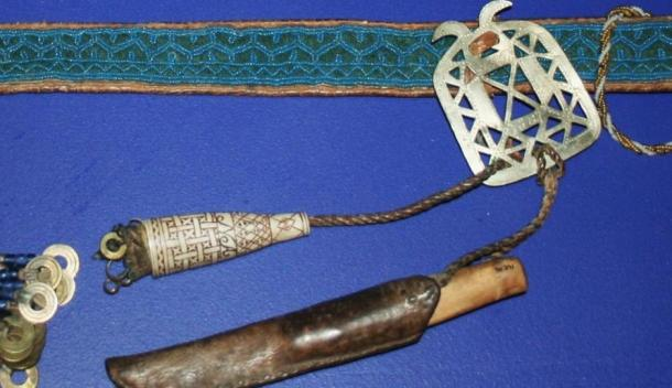Traditional Sámi beaded belt, knife and antler needle case, Norway