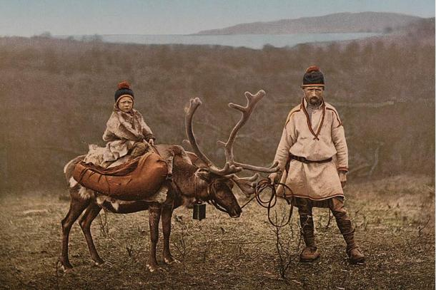 Sámi with reindeer, Finnmark, Norway (1890-1900)