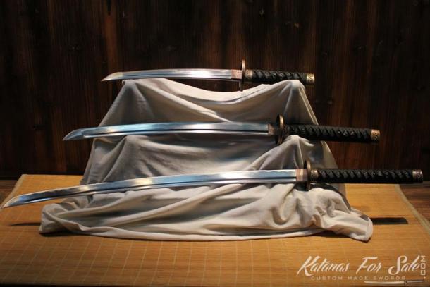Samurai used a variety of swords. Kantana, (bottom) Wakizashi, (middle) and Tanto (top). (Image: katanasforsale.com)