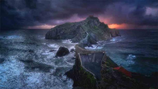 The use of San Juan de Gaztelugatxe as a filming location for the seventh season of Game of Thrones has increased tourism to the area.  (mimadeo / Adobe Stock)