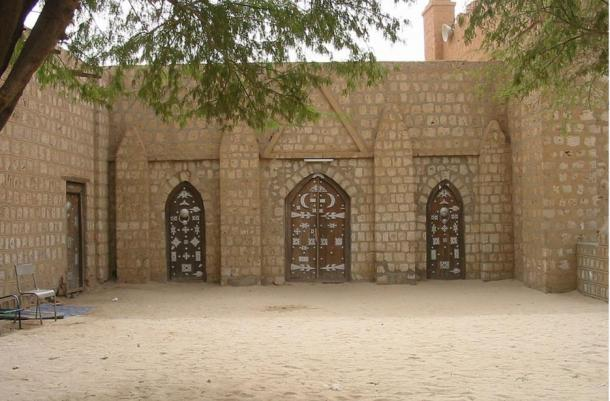 Beautiful architecture and decorated doors of the Sankore mosque in Timbuktu.