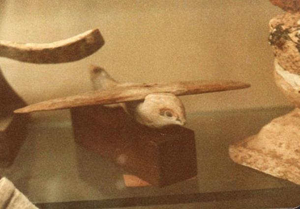 Saqqara bird, front view.