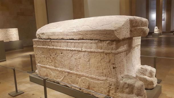 Sarcophagus of Ahiram with Phoenician writing. (Emnamizouni / CC BY-SA 4.0)