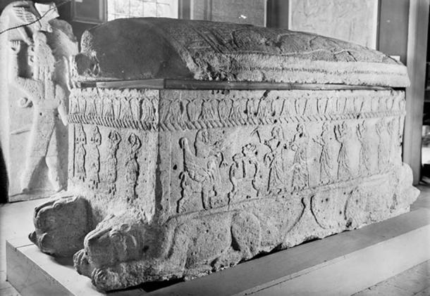 Sarcophagus of Ahiram, King of Biblos.