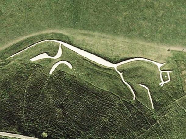 Satellite view of the Uffington White horse. (Public Domain)