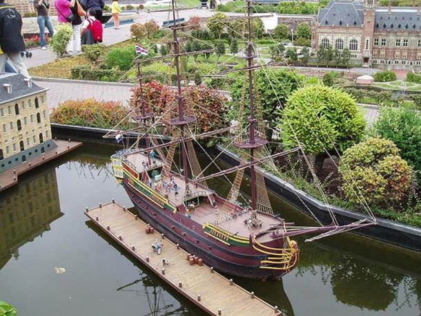 Scale model of the Amsterdam in Madurodam in The Hague.