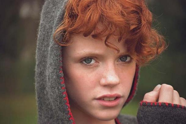 13% of Scottish people have red hair and blue eyes. (Public Domain)