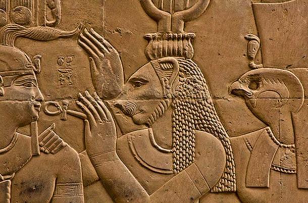 Sekhmet - Kom Ombo, Egypt ( Thomas Leplus / flickr )