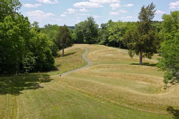 Serpent Mound. Credit: Roy Luck / flickr