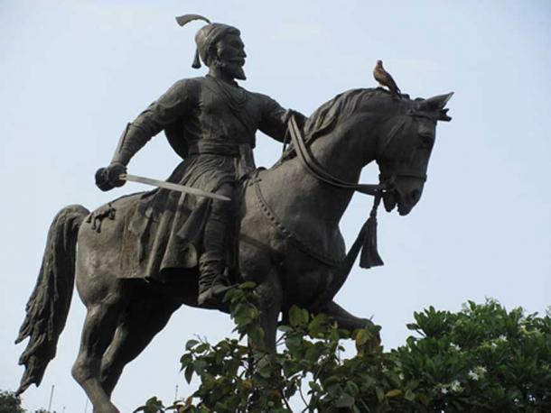A Shivaji statue already in Mumbai.