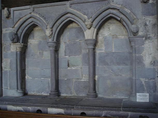 Shrine of Saint David in St Davids Cathedral, in Wales. (Plucas58 / Public Domain)