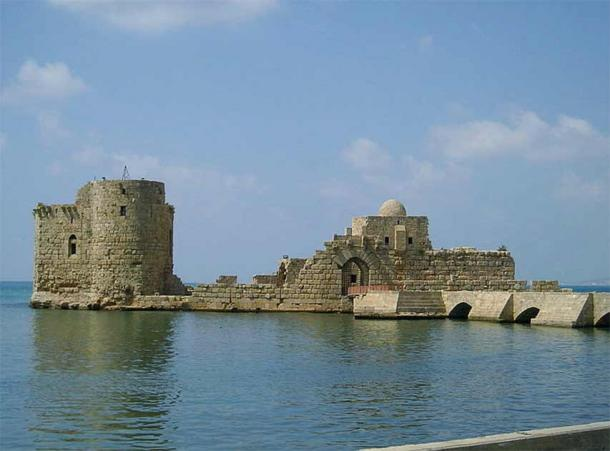 Sidon Sea Castle on the coast of Lebanon, built by the crusaders in 1228. (Heretiq / CC BY-SA 2.5)