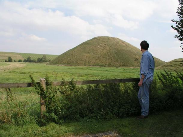 Silbury Hill, a 130-foot artificial mound near Avebury.  Built around 2500 BC, its purpose remains a mystery.