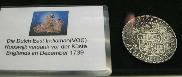 Silver coin from the East Indiaman (VOC) Rooswijk. (CC BY-SA 3.0)