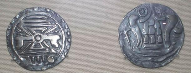Silver Pyu coins used from 5th to 9th century. (Image: Dser)