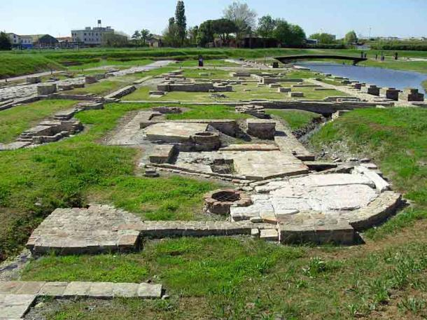 Archaeological site of the Roman port of Classe, Ravenna, Italy. This was one of the most important port for docking in the ancient world. (Image: Clawsb / CC BY-SA 4.0)