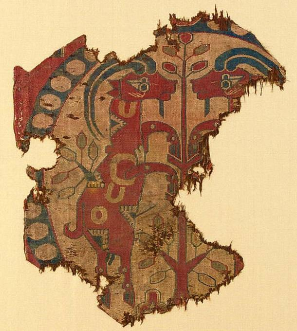 Sogdian silk brocade textile fragment ca 700 AD. (Public Domain)