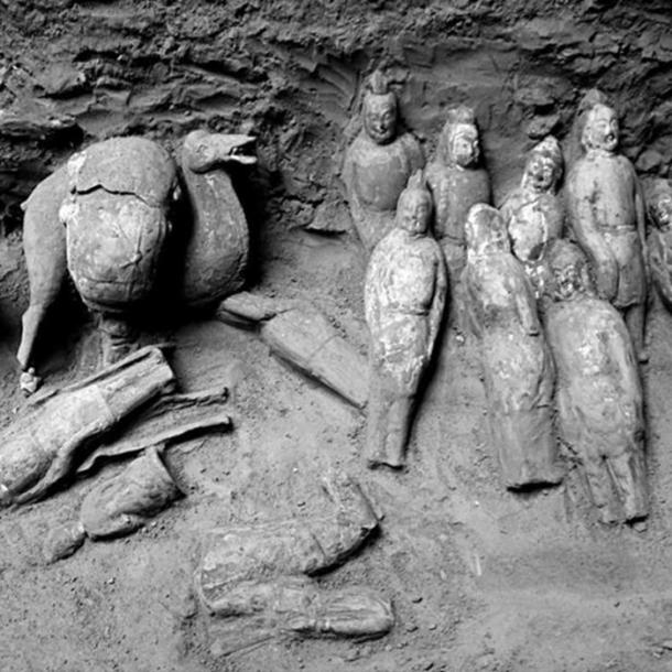 Some of the figurines found in the tomb.