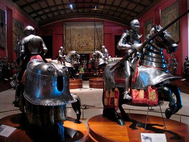 The Spanish Royal Armories in Madrid are one of the finest collections of antique and ancient weapons and armor in the world.