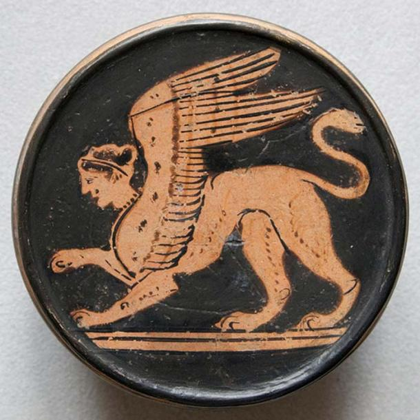 Sphinx. Attic Greek red-figure pyxis, 2nd half of the 5th century BC. From Nola (Italy). (CC BY 2.5)