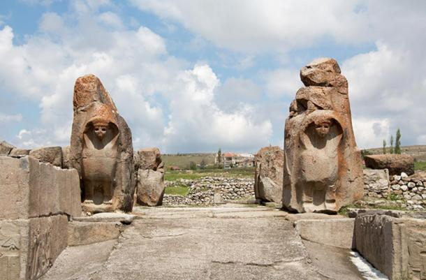 The Sphinx gate at Alacahöyük