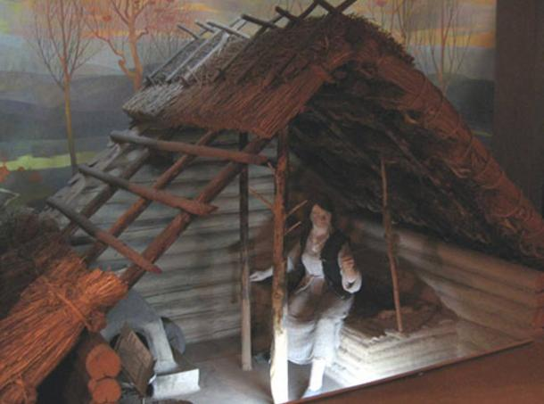 A reconstruction of a Srubna Culture hut.