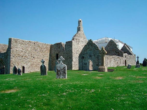 Photograph of St Keiran's Cathedral, Clonmacnoise, Ireland