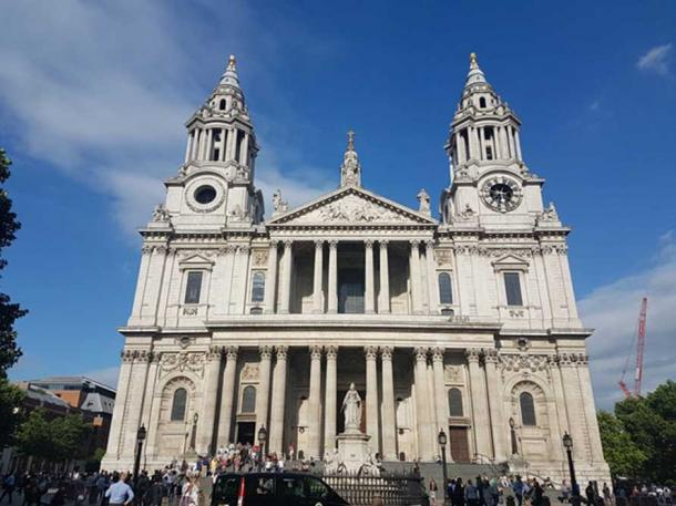 Entrance of St Paul's Cathedral, London. (CC0)