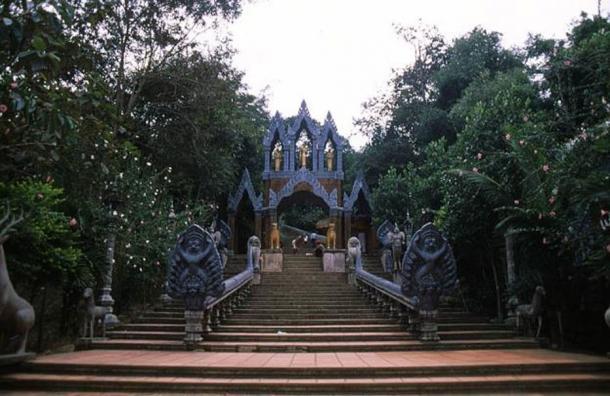 Stairway to the reclining Buddha on Phnom Kulen