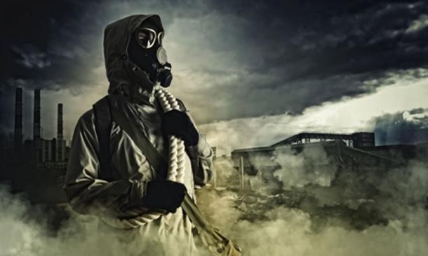 Stalker in gas mask (Sergey Nivens/ Adobe Stock)