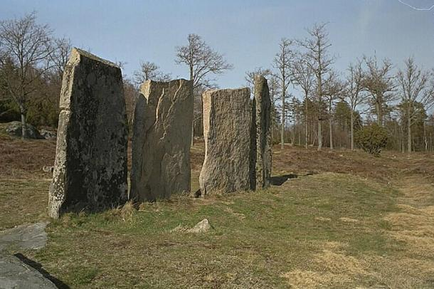 Standing stones at Greby grave field