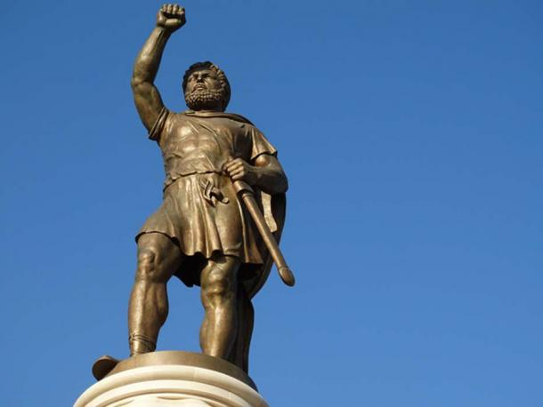 Statue of Alexander the Great - Skopje – Macedonia. (CC BY-SA 2.0)