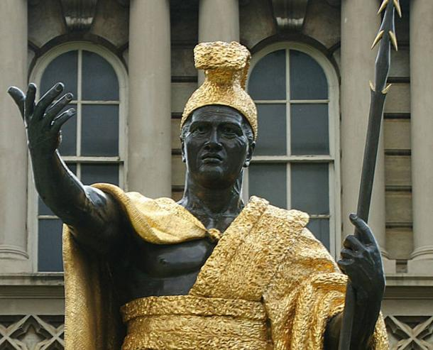 Statue of King Kamehameha I, standing in front of Ali'iolani Hale in Honolulu.