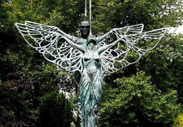 Statue of Midir and Etain in Ardagh, Ireland