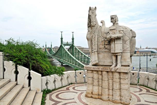 Statue of Saint Istavan on Gellért Hill